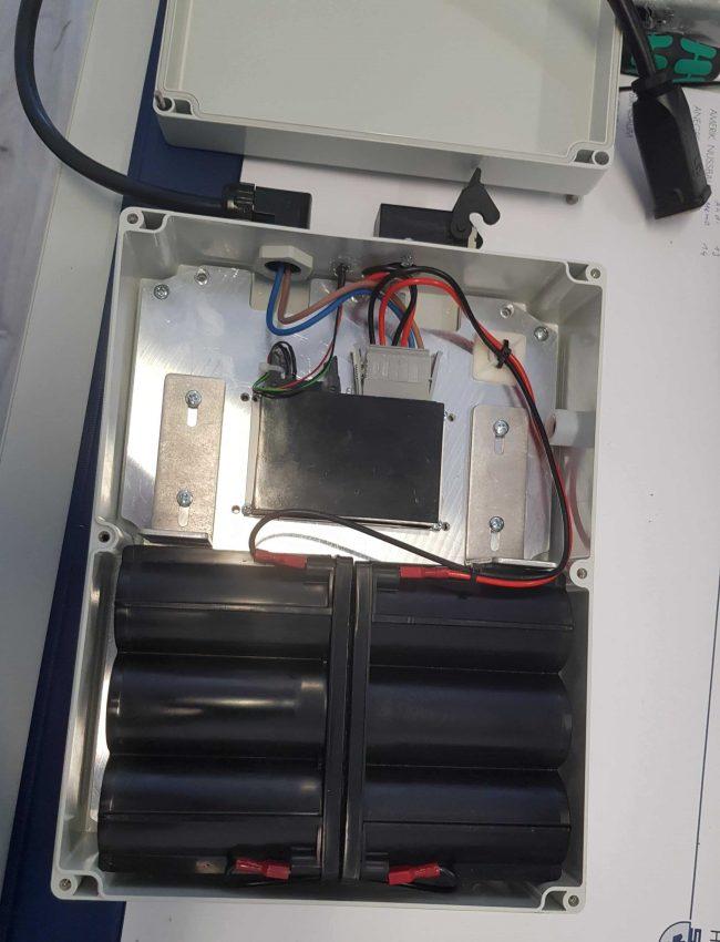 Unterbrechungsfreie Stromversorgung für Lagerlogistiksystem von innen